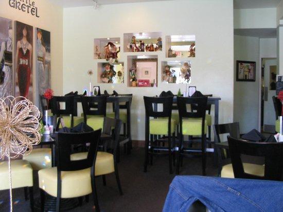 Little Gretel Restaurant: Interior
