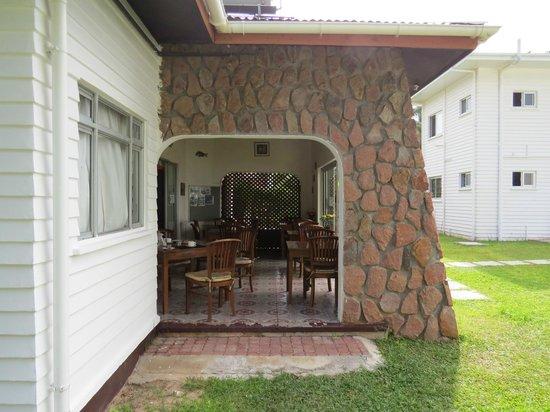 Le Tropique Villa: Frühstücksraum