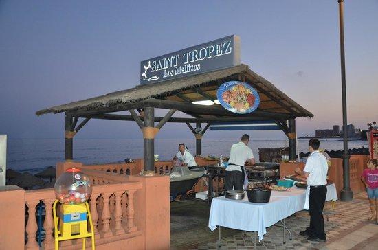 Saint Tropez Los Mellizos: la cuisne en plein air