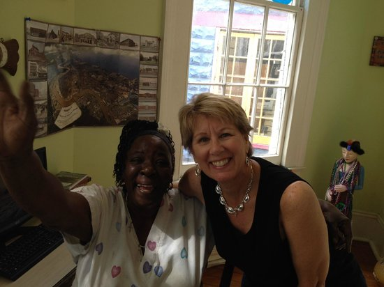 Creole Gardens Guesthouse Bed & Breakfast : Annie and Me!