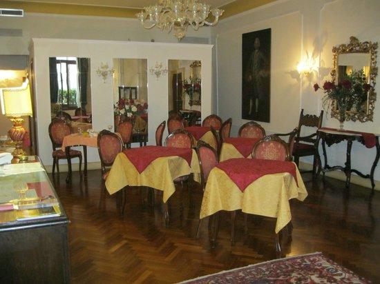 Locanda Sant'Agostin: Breakfast
