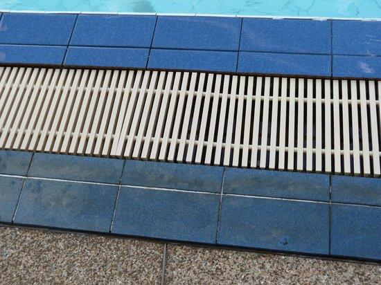 Grand Sole Pattaya Beach Hotel: piscine