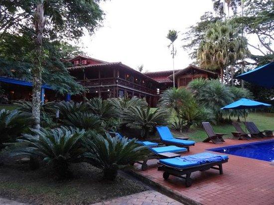 Sazagua - Hotel Boutique - Gastronomia - Spa : tuin en zwembad
