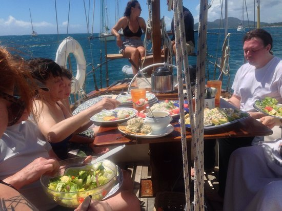Vieques Classic Charter - Tours: Lunch on Vieques Classic Charter