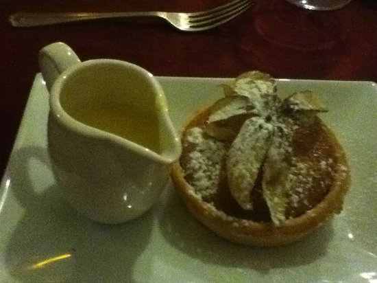 The West Arms Hotel : A great treacle tart