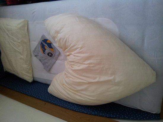 Hotel Unterellmau: Bettdecke