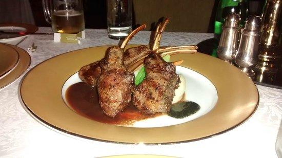 The London Grill : Lamb Chops