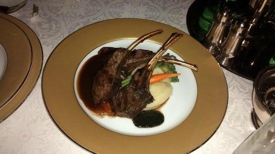 The London Grill : Lamb 'wow' chops