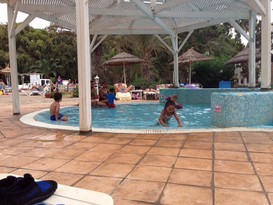 Marhaba Royal Salem: The small kids chlorine pool