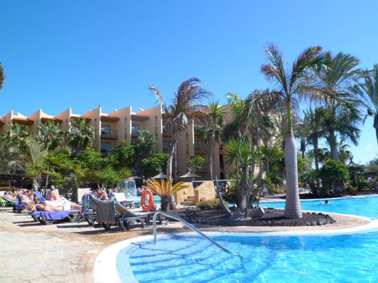 Barceló Fuerteventura Thalasso Spa: poolside !!
