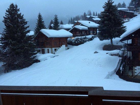 """Morgins, Suisse : Vue depuis la chambre côté """"montagne"""""""