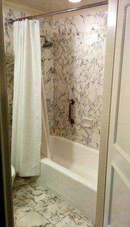 The Langham Huntington, Pasadena, Los Angeles: Bathroom 1