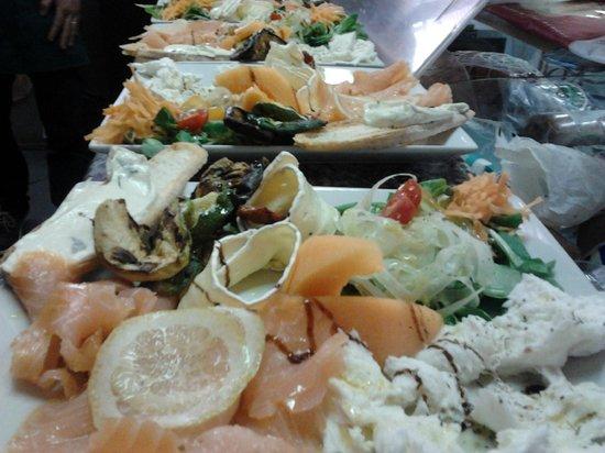 "Cassano d'Adda, Italy: ""le insalatone"""