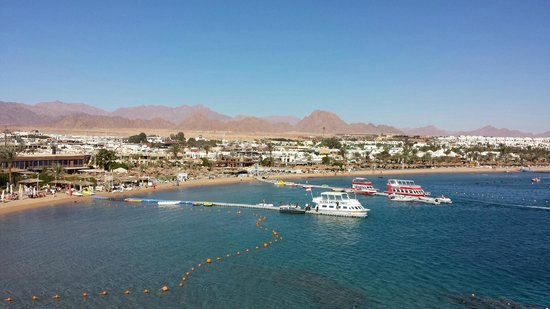 Lido Sharm Hotel: View from pool deck