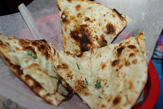 Nepal's Cafe : garlic nann