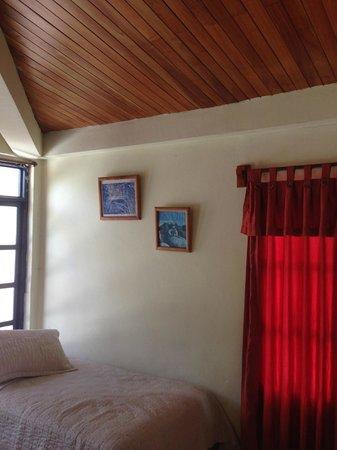 Hotel Fiesta: Room