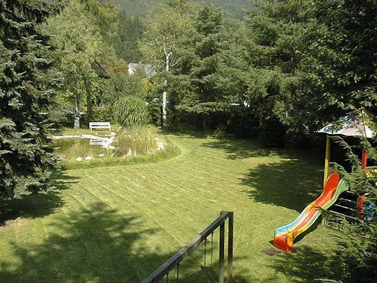 Hotel Marko: Garten
