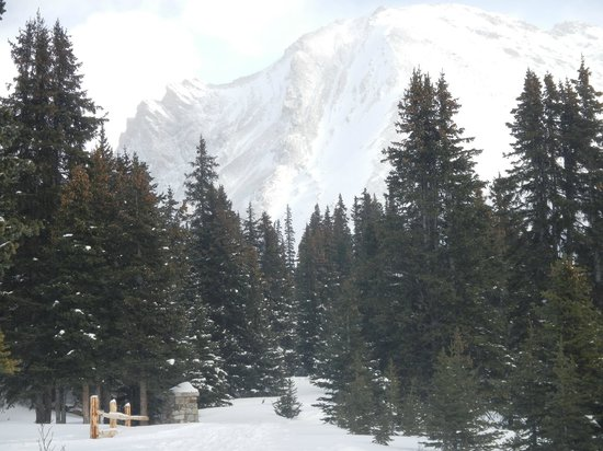 Another view of the spectacular mountains that surround Skoki Lodge.