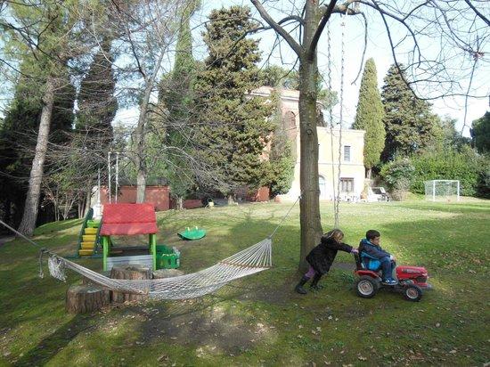 La Dolce Casetta B&B: parco