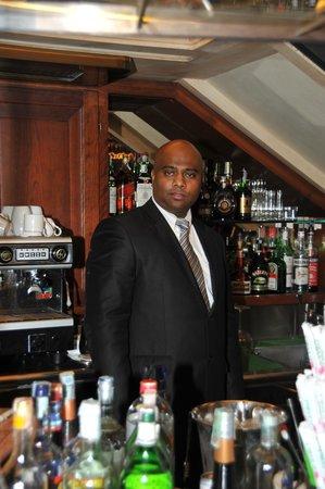 Hotel Royal San Marco: il barman molto professinale