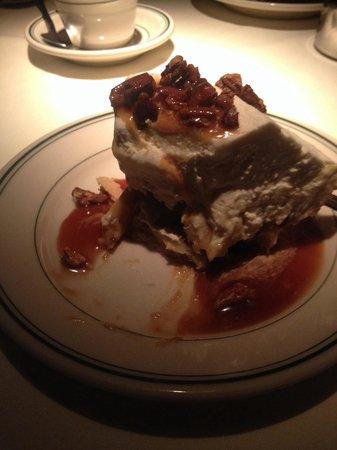 Joe's Seafood, Prime Steak & Stone Crab: Banana cream pie. Outstanding!