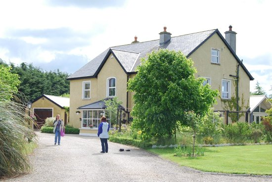 View of Newlands Lodge from Drive