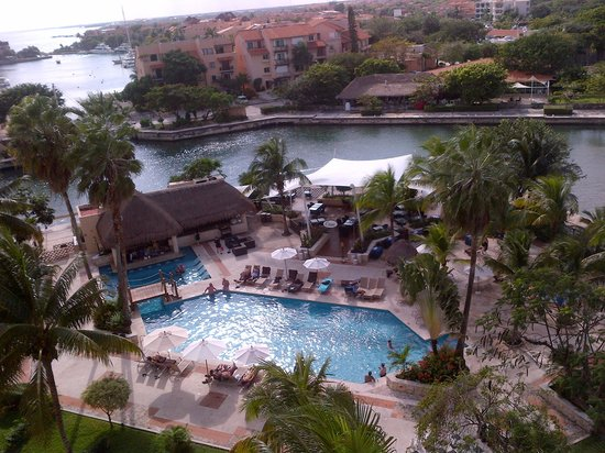 Dreams Puerto Aventuras Resort & Spa : View from our balcony
