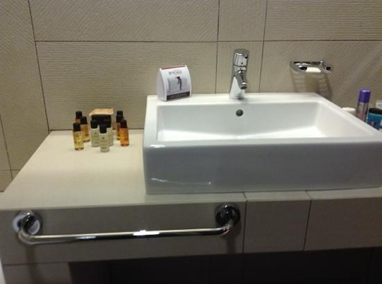 Buda Castle Fashion Hotel : bathroom