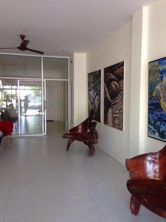 The Retro Siam: Entrance to room area