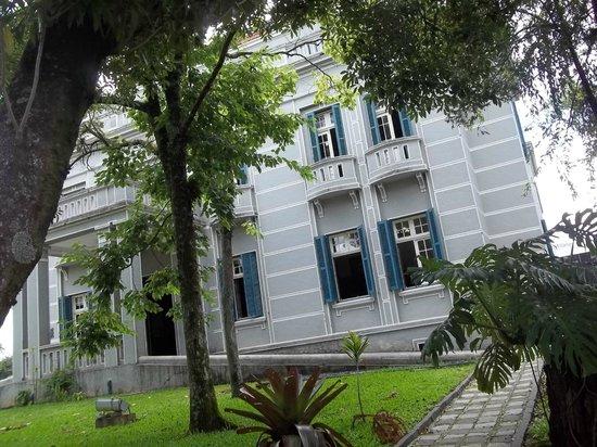 Paranaense Museum: Área externa