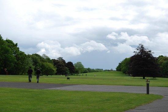 Castillo de Kilkenny: Castle grounds