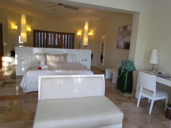 Grand Sunset Princess All Suites Resort: Our Suite