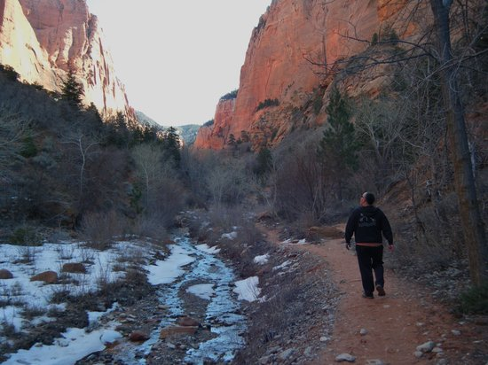 Taylor Creek: Winter hiking offers beautiful snow accents to the red stone