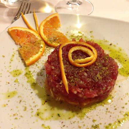 Syraka Sicilian Restaurant: Tartare di tonno