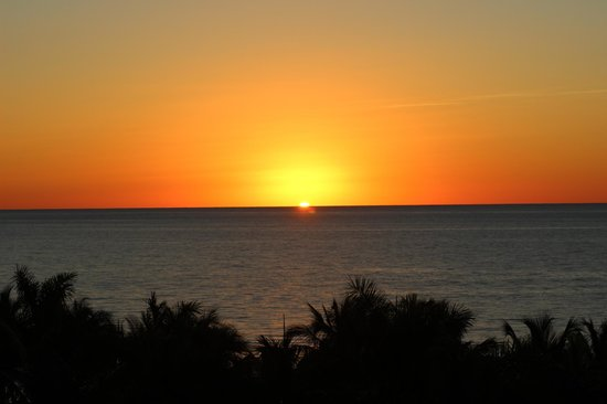 Grand Lucayan, Bahamas : Sunrise from room