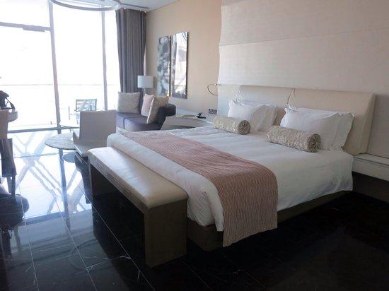 Yas Viceroy Abu Dhabi: Marina Guest Room
