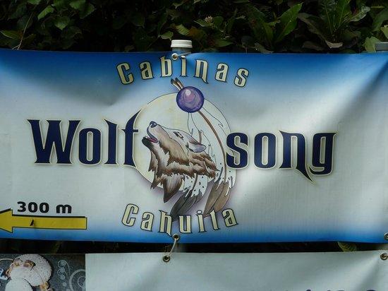 Cabinas Wolfsong Cahuita: Wegweiser von der Strasse an der Playa Negra, Cahuita aus