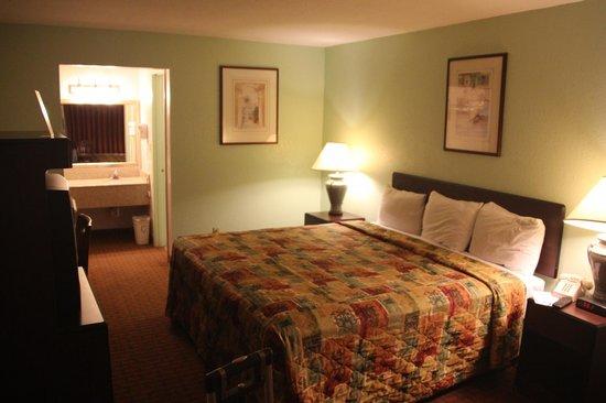 Motel 6 Wildwood : Americas Best Value Inn - Wildwood, FL