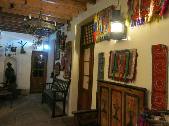 Hotel Casa San Marcos: Hallway in the hotel