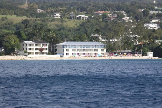 Discovery Bay by Rex Resorts: View from the sea