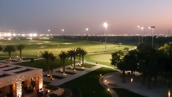 The Westin Abu Dhabi Golf Resort & Spa : night time