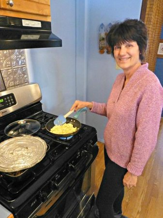 Fall Inn to Nature: Annette is an expert at breakfasts - she has her specialties!