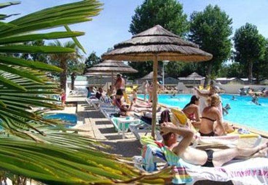 La Faute sur Mer, Francia: magnifique piscine