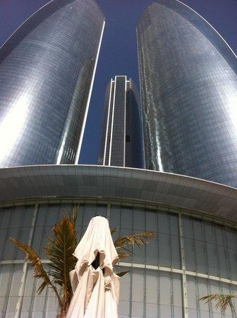 Jumeirah at Etihad Towers: Torres