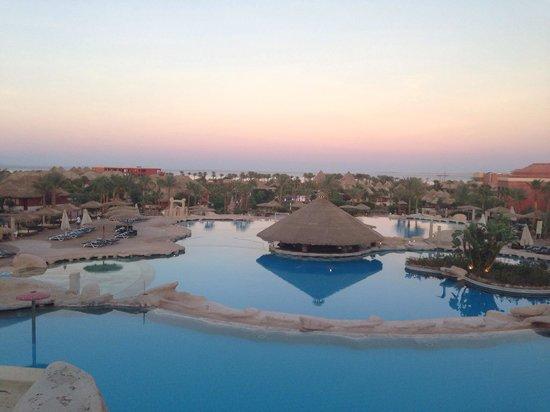 Laguna Vista Beach Resort: Sunset view from hotel :)
