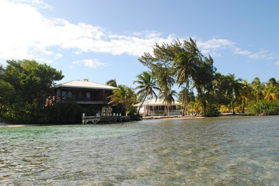 Pelican Beach - South Water Caye: Two of the cottages on the east side of the island