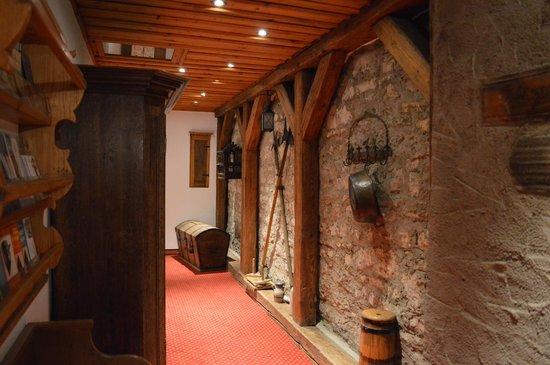 Romantik Hotel Markusturm : Hallway
