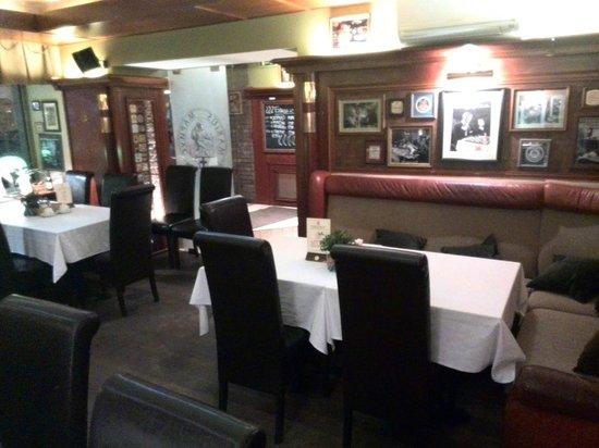 Helvetia Deluxe Hotel: Ресторан