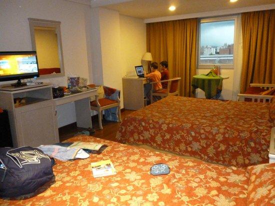 Casa Real Hotel: Habitación 5° piso