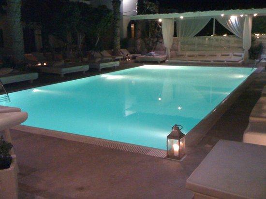 Bellonias Villas: Very nice pool!